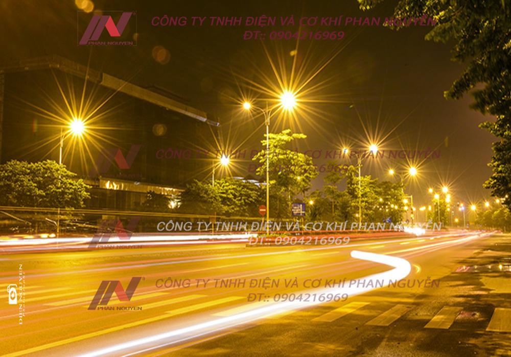 Phan Nguyễn – địa chỉ uy tín cung cấp đèn cao áp PNL 08 chất lượng.